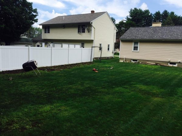Manchester NH Lawn Mowing and Gras Cutting Deal