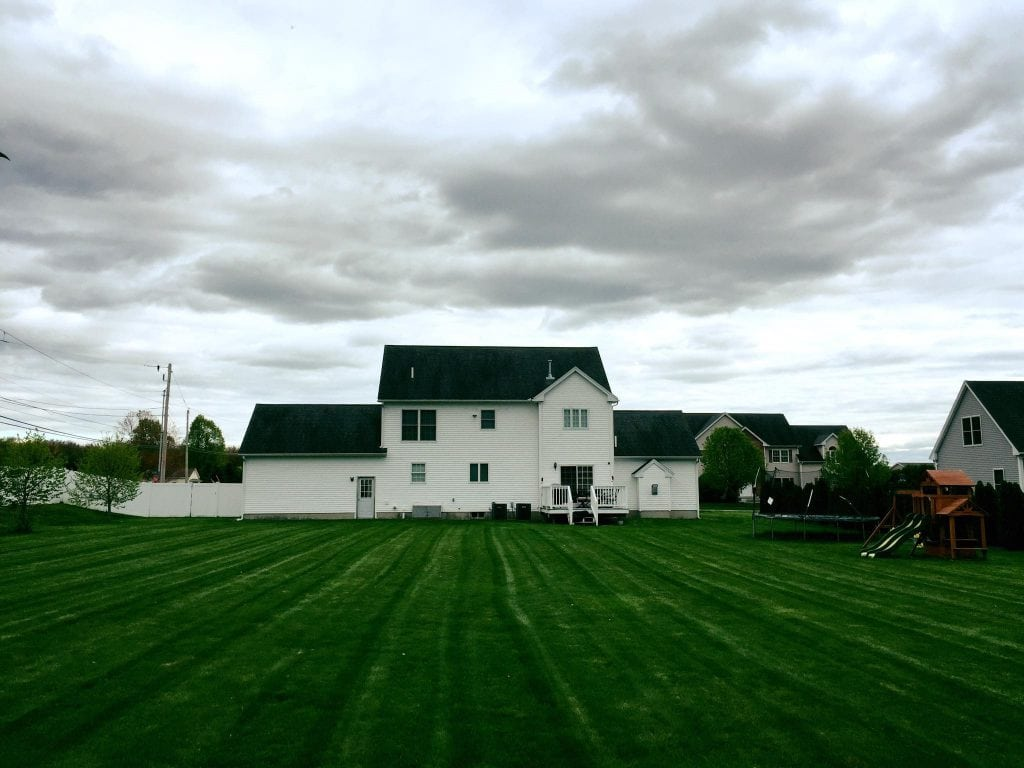 weekly lawn mowing in Hooksett NH, and we also offer services in derry NH and Goffstown NH
