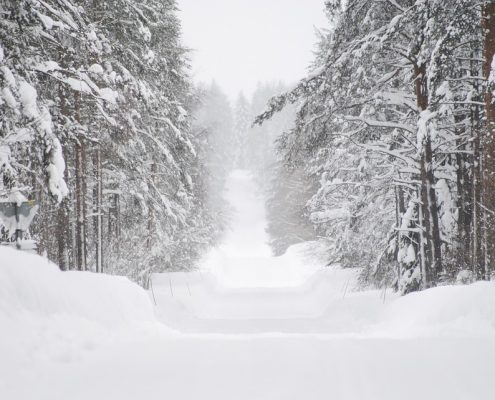 snow-plowing-services-londonderry-nh